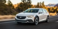 Buick Buick Regal TourX 2017