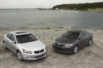 Тест-драйв Honda Accord USA: Accord 2008 против Camry 2007