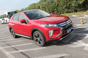 Тест-драйв {MARK} {MODEL}: Mitsubishi Eclipse Cross. Японский блиц-тест