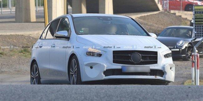 Mercedes-Benz назвал дату премьеры нового B-Class