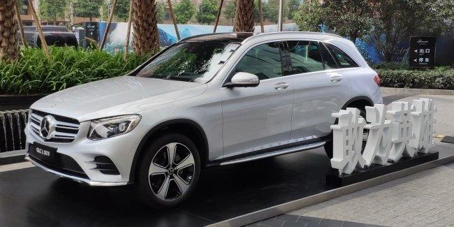 Кроссовер Mercedes-Benz GLC удлинил базу для Китая