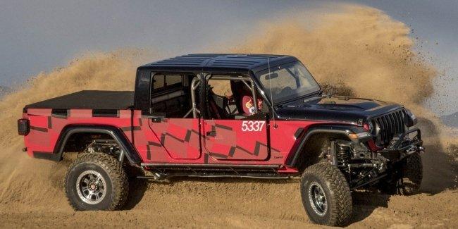 Пикап Jeep Gladiator подготовят к внедорожной гонке