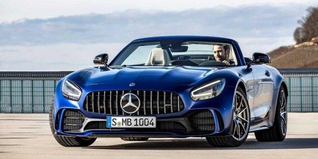 Mercedes-AMG представит в Женеве GT R в кузове родстер