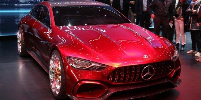Гибридный Mercedes-AMG GT73 появится в 2020 году