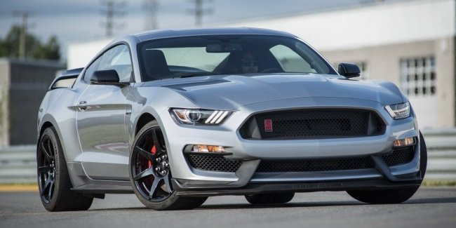 Ford представил купе Mustang Shelby GT350R 2020 модельного года