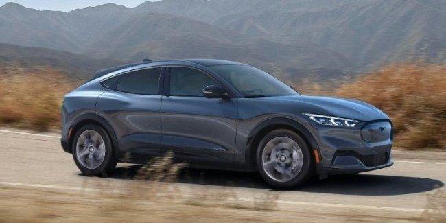 Ford рассказал о самых популярных версиях Mustang Mach-E