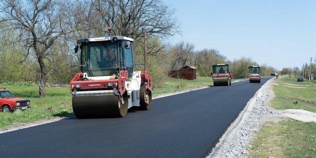 Одной бедой меньше: правительство выделило еще 19,3 млрд грн на ремонт дорог