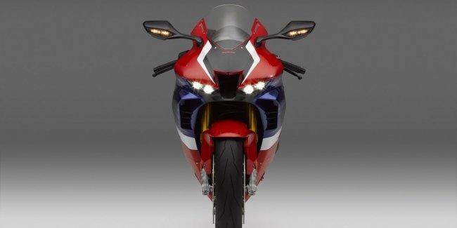 Honda представит свой новый суперспорт в октябре?