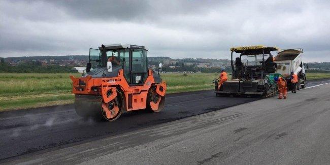 Грандиозный ремонт дорог на Закарпатье
