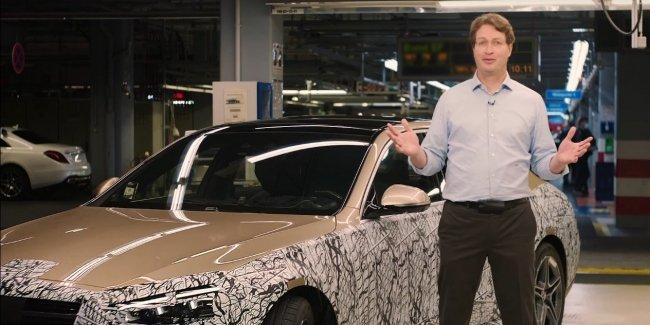 Mercedes потихоньку раскрывает новый S-Class (W223)