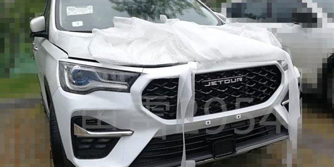 Конкурент Highlander с кормой от Audi Q7: паркетник Chery Jetour X90