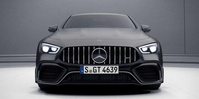 Mercedes-AMG не согласен с рекордом Porsche Panamera