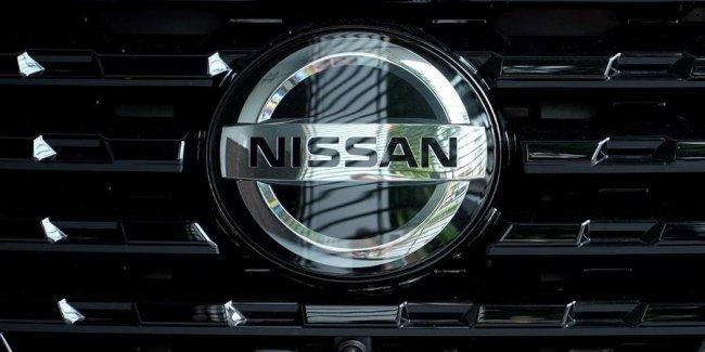 Nissan показал последний тизер нового спорткара Z-серии