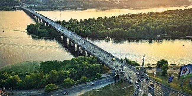 В Киеве планируют провести реставрацию моста Патона