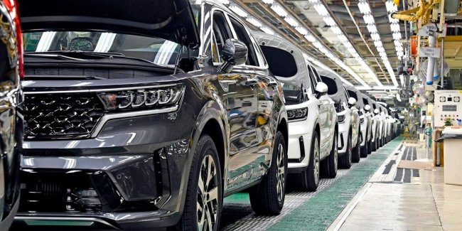 And again in a new way: KIA stopped two factories due to COVID-19