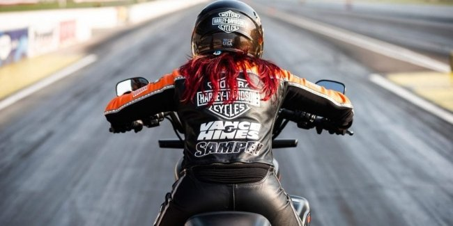 Electric Harley-Davidson sets speed record (video)
