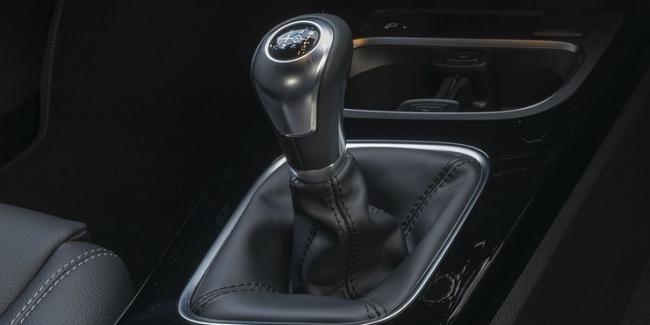 Mercedes полностью отказывается от механических коробок передач