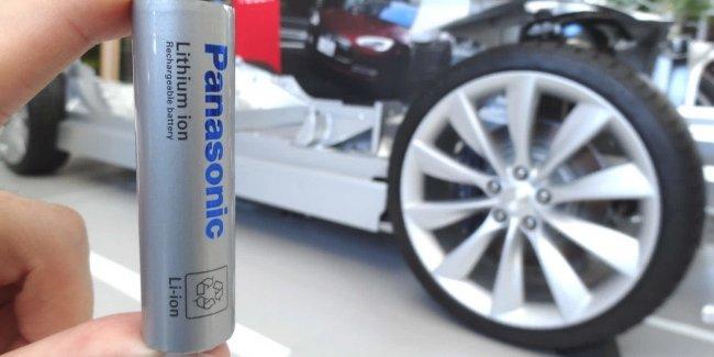 Tesla останется с Panasonic, но на более выгодных условиях