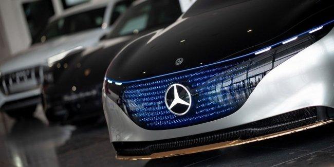Автоконцерна Daimler больше не будет!
