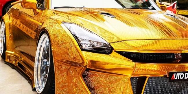 «Ты мой золотой»: в Дубае продается уникальный Nissan GT-R