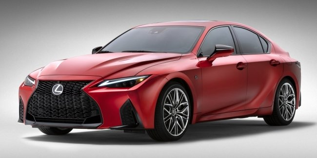 Последний «динозавр»: Lexus IS с 5-литровым V8