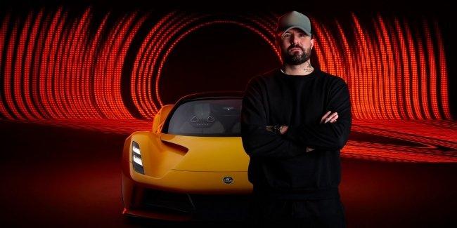 Электрический Lotus зазвучит как Бритни Спирс