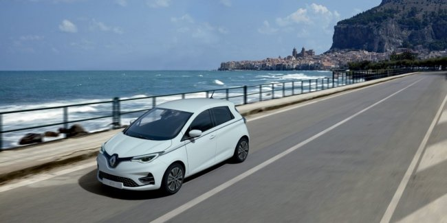 Renault не хочет уступать VW в гонке за рынок EV