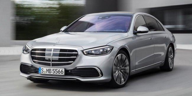 Mercedes очень круто прорекламировал бесполезную опцию S-Класса