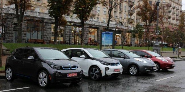Средний возраст «украинских» электромобилей
