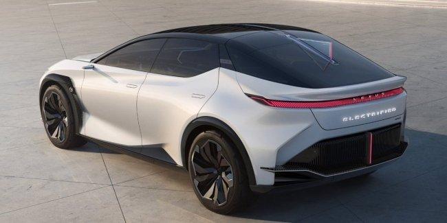 Новый Lexus LC станет полностью электрическим