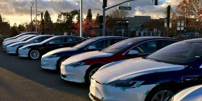 Tesla подорожала еще на 50 млрд долларов