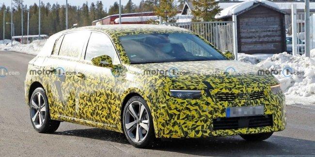 Абсолютно новый Opel Astra уже на дорогах