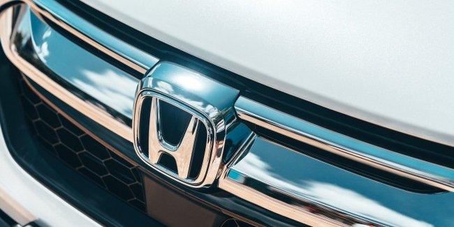 Первые фото новой Honda CR-V