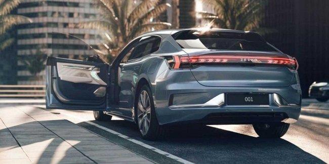 Новые подробности о новом электромобиле Zeekr 001