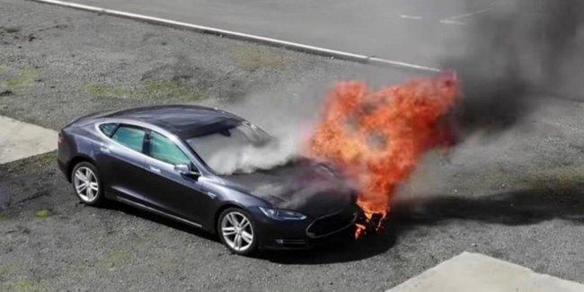 «Почему так часто загораешься?» - откровения Tesla
