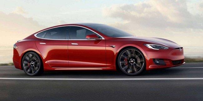 В смертельном ДТП с Tesla виноват не автопилот