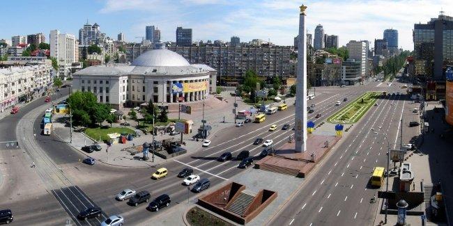 В Киеве реорганизуют движение на площади Победы