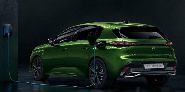 Новый Peugeot 308 получит аналоговые приборы вместо цифровых