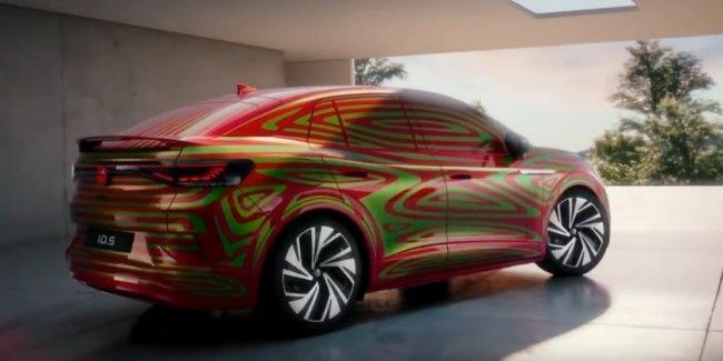 VW показал на видео купеобразный ID.5