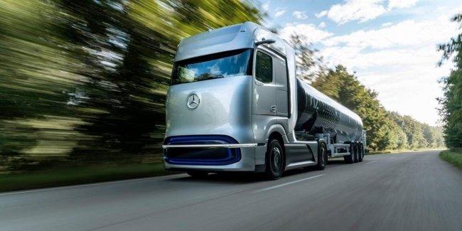 Daimler и Volvo планируют производство грузовиков на водородных топливных элементах в 2025 году