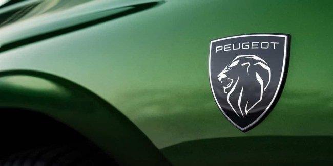 Peugeot 308 в версии кросс-купе: первые изображения