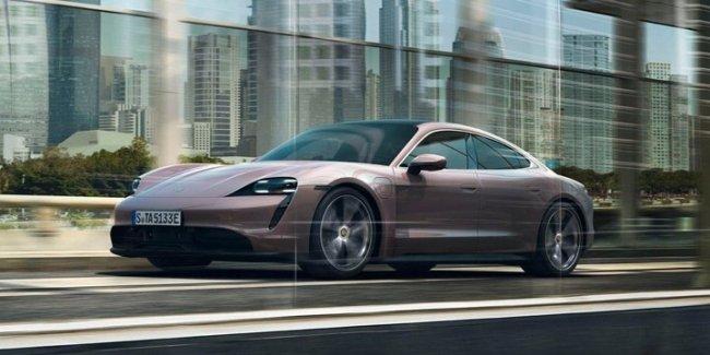 Porsche готовит два новых Тайкана