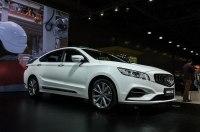 Geely привезла в Москву гибридный седан с начинкой Volvo