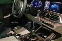 Интерьер серийного кроссовера BMW X7 рассекретили до премьеры