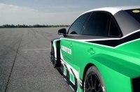 Электрокар Audi RS3 обставил 700-сильный Porsche 911, двигаясь задним ходом