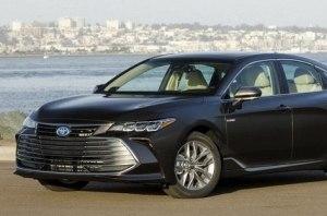 Toyota отзывает в США почти миллион автомобилей