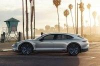 Porsche запустит в серию электрический кросс-универсал