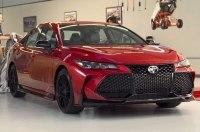 Toyota показала заряженные Avalon TRD и Camry TRD