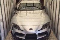 Свежая фотография новой Toyota Supra