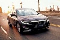 Honda выводит на домашний рынок новую гибридную «четырехдверку»